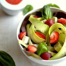 salade fraises courgette feta