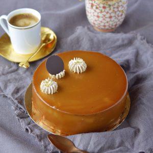 Karachok entremets caramel chocolat en cours de pâtisserie