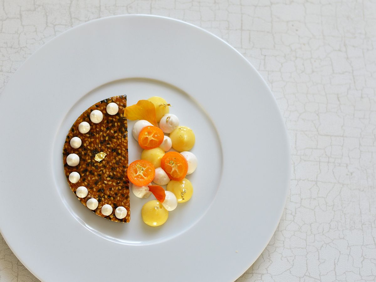 Nougatine au sésame, dessert sésame-yuzu