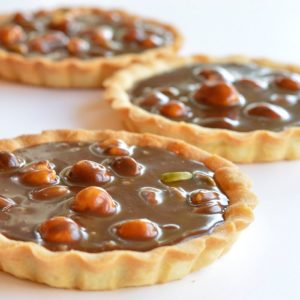 cours patisserie enfants tarte chocolat caramel fruits secs