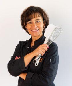 Sylvie AUGER fondatrice de Nutrigood Atelier cours de patisserie cours de cuisine Valencin Lyon Vienne BourgoinJallieu