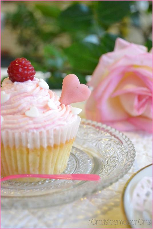 cup cake rose b4